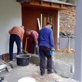 Fundamentierungsarbeiten für den Anbau des Geräteschuppens und Baumschnitt im Oktober 2019 - 1.jpg